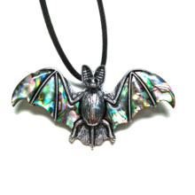 2019 New Charms Pendants Necklace Men Jewelry Bat Shape Natural Shell Leather Chain Gift 35x70mm