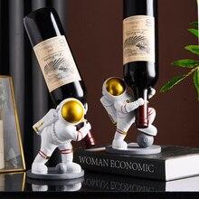 Nordic Resin Astronaut Sculpture Wine Holder Home Decor Wine Bottle Rack Shelf Wine Stand Bar Counter Wine Cabinet Decoration