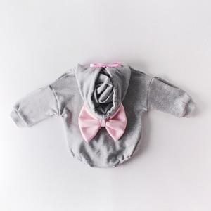 Image 5 - 2020 Pasgeboren Boog Leuke Baby letters Hooded Lange Katoenen Plus Kasjmier Mouwen Kleding Rompertjes Herfst Lente Kids Peuter Romper