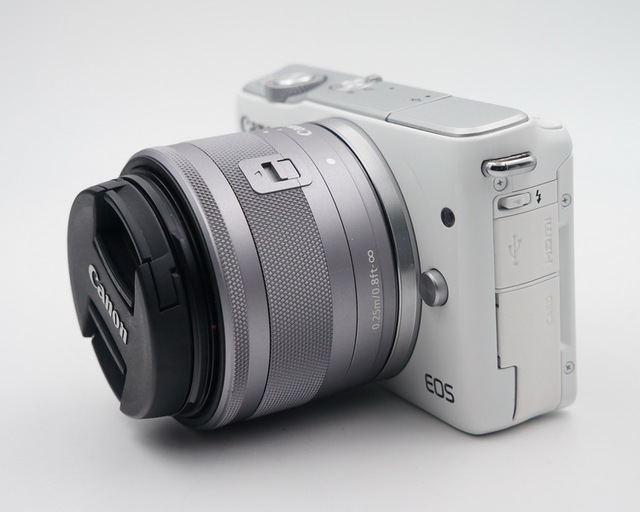 Used,Canon EOS M10 Mirrorless Camera Kit with EF-M 15-45mm Image Stabilization STM Lens Kit(NOT FULL NEW)