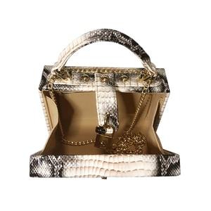 Image 5 - 뱀 인쇄 상자 핸드백 여자 사문석 잠금 작은 사각형 PU 저녁 클러치 숄더 가방 숙녀 저녁 파티 지갑 성격