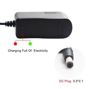 Image 2 - リチウムバッテリ充電器 4.2V 8.4V 12.6V 13.8V 14.6V 16.8V 1A 1000mA 18650 充電器自動電源オフ EU 米国のプラグイン壁の充電器