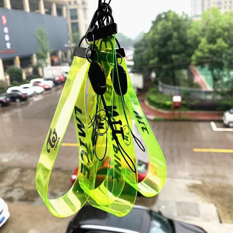 Kpop bangtan boys breloczek dwa razy GOT7 fluorescencyjny zielony pasek do telefonu komórkowego pcv kółko do kluczy dla fanów prezent nowości