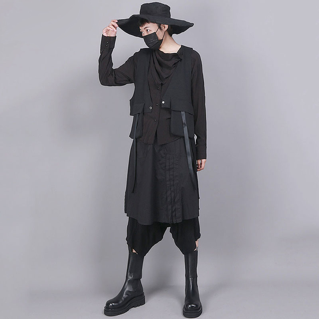[EAM] Women Black Asymmetrical Split Joint Loose Fit Vest New V-collar Sleeveless   Fashion Tide Spring Autumn 2021 1R854 5