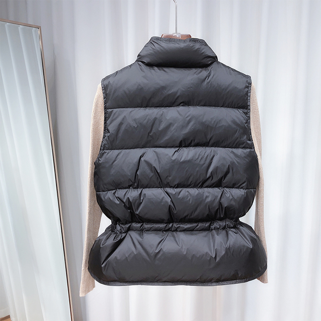 2021 New Ultra Light Down Vest Women Short Vest Windproof Lightweight Warm Waistcoat Female White Duck Down Down Coat Sleeveless 3