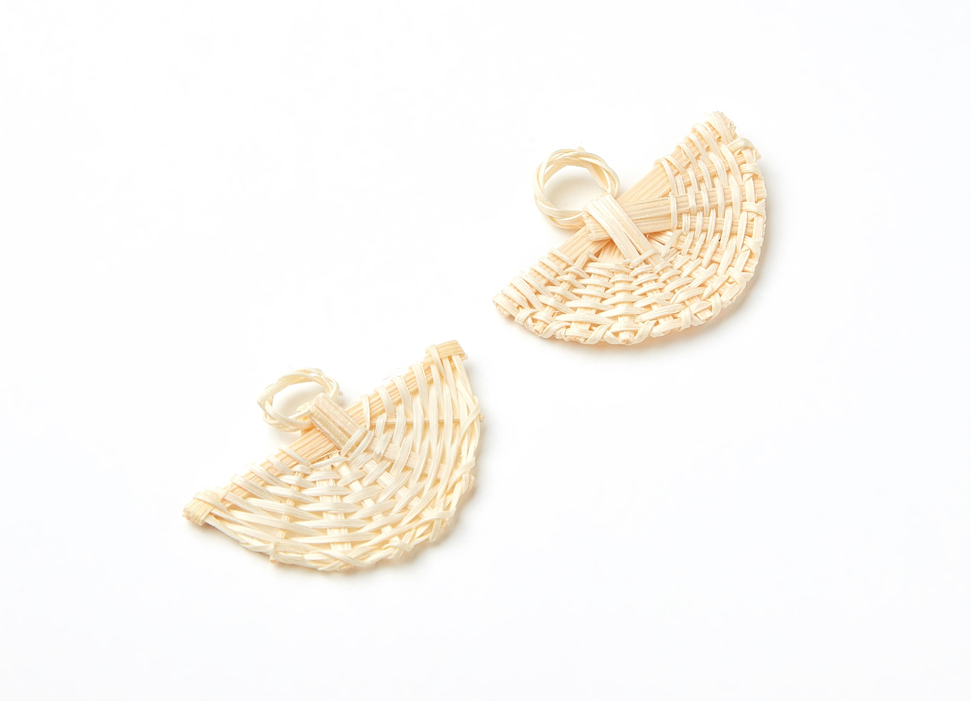Handwoven <font><b>Fun</b></font> Rattan Charms - <font><b>Fun</b></font> Shaped Rattan Pendant - Wooden Straw Earrings - 2pcs/<font><b>lot</b></font> - 41.07x30.94x4mm - RT1002 image