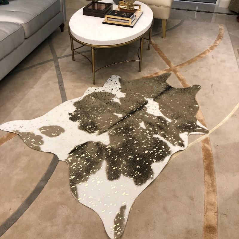 Mode marquage à chaud vache imprimé tapis velours Imitation cuir tapis peau de vache peaux d'animaux forme naturelle tapis décoration tapis