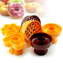 DIY Tool Donuts Maker Mold Food Grade Plastic Doughnuts Maker Cutter Fondant Cake Bread Desserts Bakery Mould Kitchen Tools large size metal donut maker mold fondant cake bread desserts bakery mould cake decorating tools nonstick bak pan