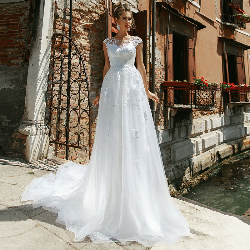 Eightale Boho Wedding Dress 2020 O-Neck Appliques Lace Cap Sleeves Tulle Beach Wedding Gowns Bride Dresses Robe Vintage Mariage