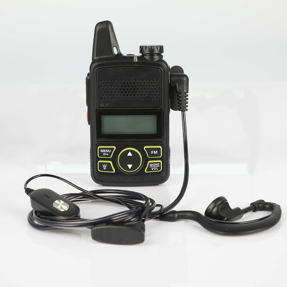 1pcs Baofeng <font><b>BF</b></font>-T1 mini <font><b>children</b></font> walkie-talkie UHF portable two-way radio FM function Ham radio USB <font><b>children</b></font> HF transceiver image