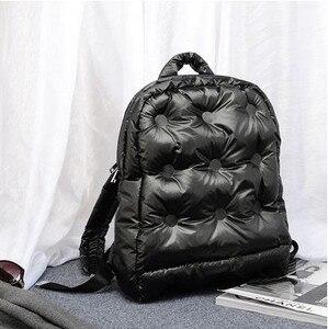 Image 2 - 2020秋と冬の新韓国ブームファッション宇宙の綿の空気大容量防水ビジネスバックパック