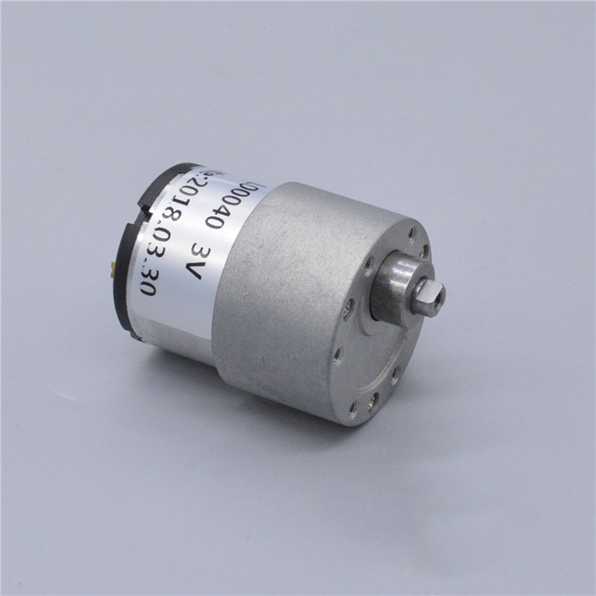 DC 520 Gear Motor with Metal Gearbox DC1.5V-3.7V 135 rpm-330 rpm Speed Reducer Motor, Shaft Diameter 6mm, M3 Thread