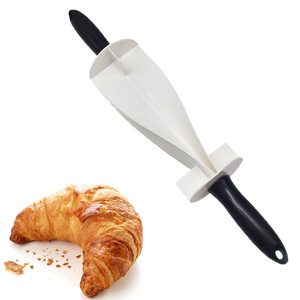DIY Plastic Handle Bread Rolling Pin Cutter Mold for Making Croissant Bread Dough Pastry Knife Handle Baking Kitchen Accessories(China)