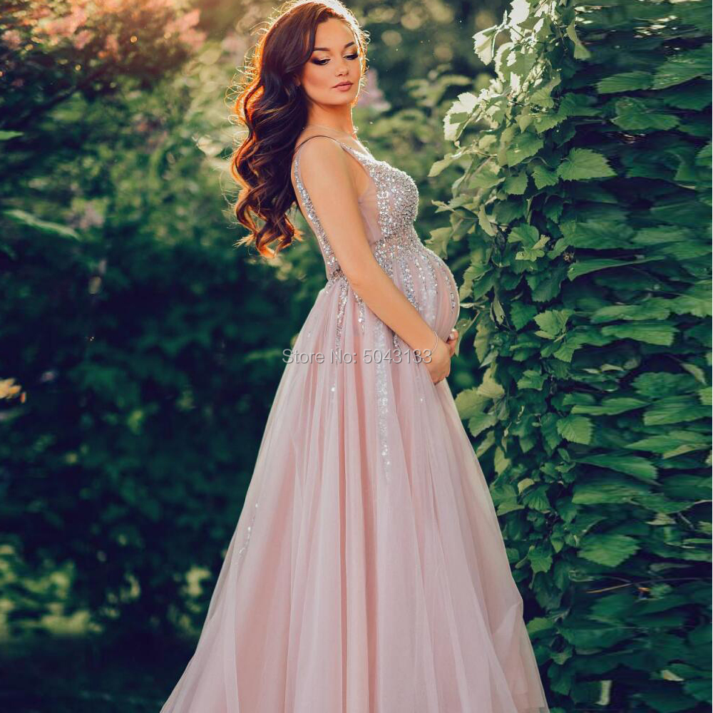 Bling Sequin Maternity Evening Dresses 2021 Double V Neck A Line Long Empire Tulle Pregnant Women Evening Prom Gowns Sleeveless
