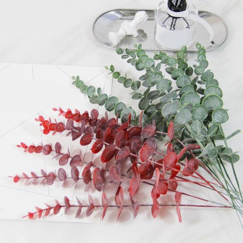 1Pcs Künstliche Eukalyptus Simulation Blätter Zweig Pflanzen Kunststoff Grün Rot Blätter Pflanzen Hochzeit Schießen Prop Wohnkultur