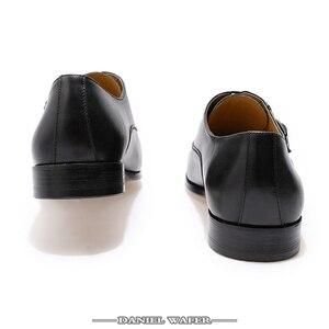 Image 5 - الايطالية أحذية الرجال الجلود مشبك حزام الأعمال مكتب حذاء أسود الدانتيل يصل BROCUE الرسمي أشار تو أوكسفورد حذاء فساتين راقية