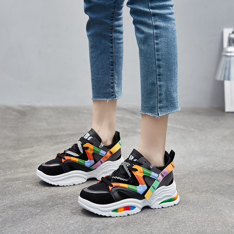 Женская разноцветная обувь для бега, увеличивающая рост; кроссовки на высоком каблуке 6 см; Женская дышащая Спортивная обувь на платформе