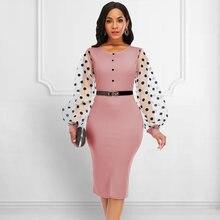 Розовое винтажное платье в горошек с рукавами миди элегантное