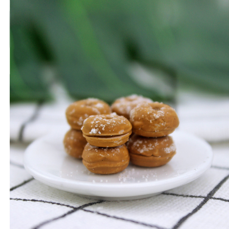 8Pcs/Set 1/12 Dollhouse Miniature Artificial Fake Food Simulation Sweet Donut Dolls Accessories Kitchen Play Toys : 44*72mm