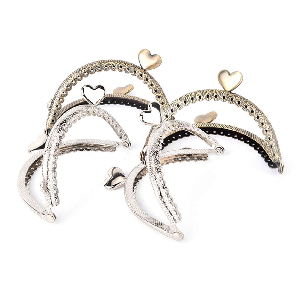 1PCS 8.5cm Metal Kiss Clasp Frame Girl Coin Purse Metal Clasp Bag Frame Hardware Knurling Mouth Bronze Silver Heart Buckle