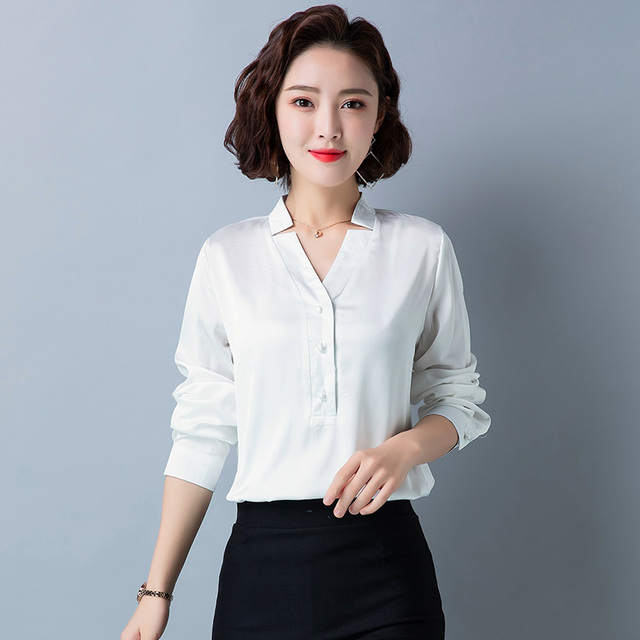 Korean Fashion Silk Women Blouses Satin Office Lady Shirt and Blouse Loose Long Sleeve Blusas Largas Plus Size Womens Tops 3