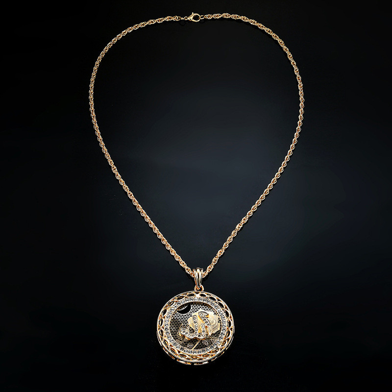 NJ Antique Gold Hollow Design Pendant Necklace Ethnic For Women  Vintage Jewelry 2019 New Style