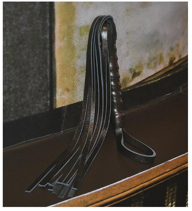 Paddle Bdsm Sex Flogger For Spanking Slave Leather Whips And Restraint For Play Riding Whip Kinky Sexy Women Adult Sex Furniture