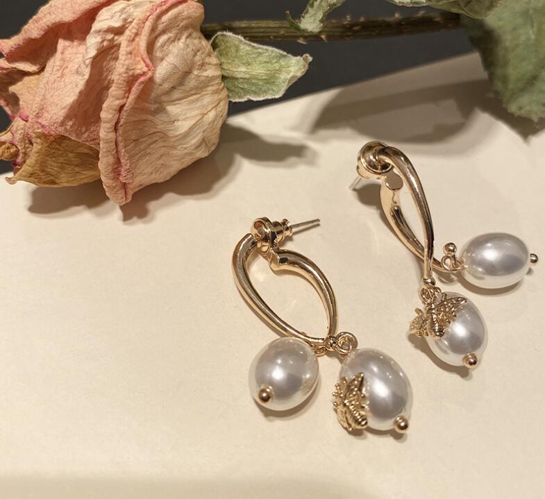 Pendientes de perlas delanteros y traseros de insectos barrocos para mujer accesorios de oreja larga de temperamento de pin de plata 925