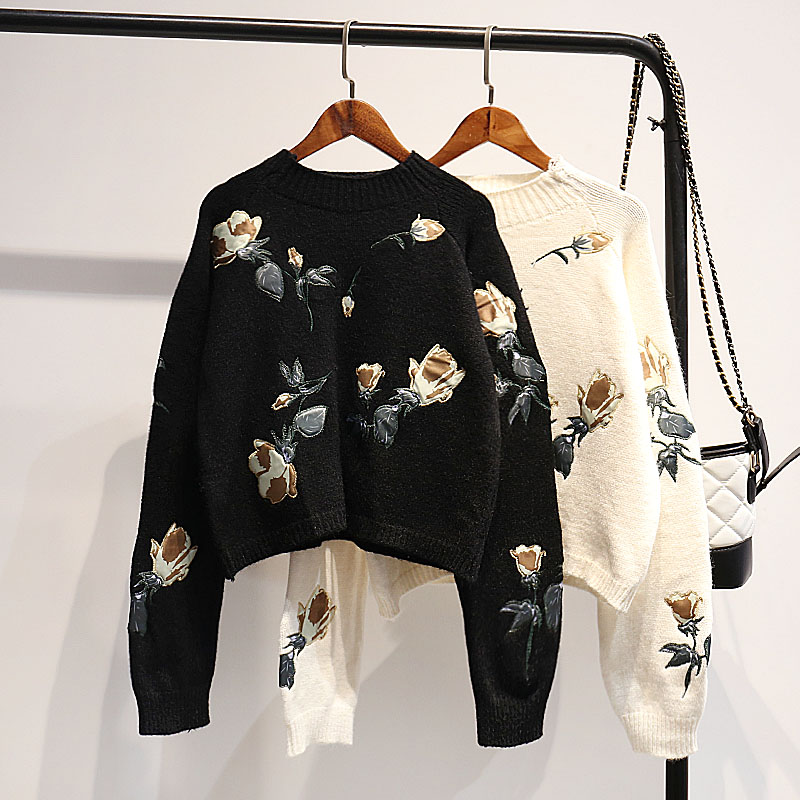 Vintage Women Sweaters And Pullovers O-neck Long-sleeved Short Flower Embroidery Loose Short Lady Elegant Pulls Outwear Coat Top