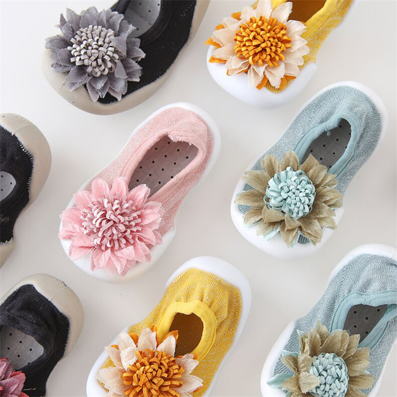 New Soft Baby Shoes Fashion Infant Girl Baby Booties Knit Baby Boots Prewalker Shoes Baby Girls Floral Rubber Sole Anti-slip