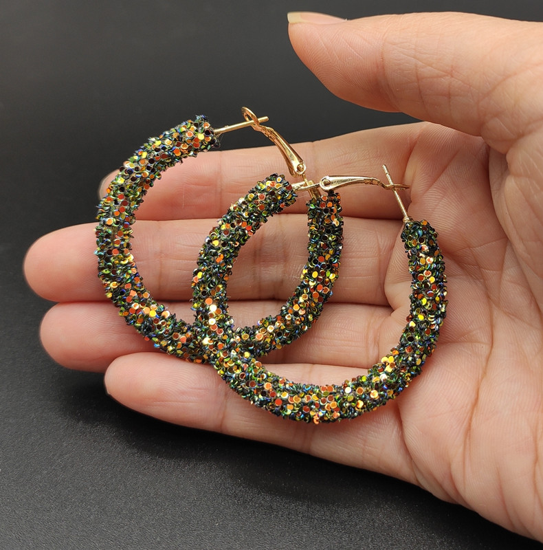 2020 New Fashion Hoop Earrings For Women  Color Bling Bling Round Geometric Statement Earrings Jewelry For Wedding Party Brincos