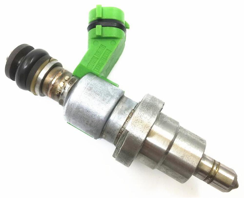 4 unids / lote inyectores de combustible originales de Japón 23250-28070 23209-28070 boquillas de aceite para Toyota con caja de paquete de color