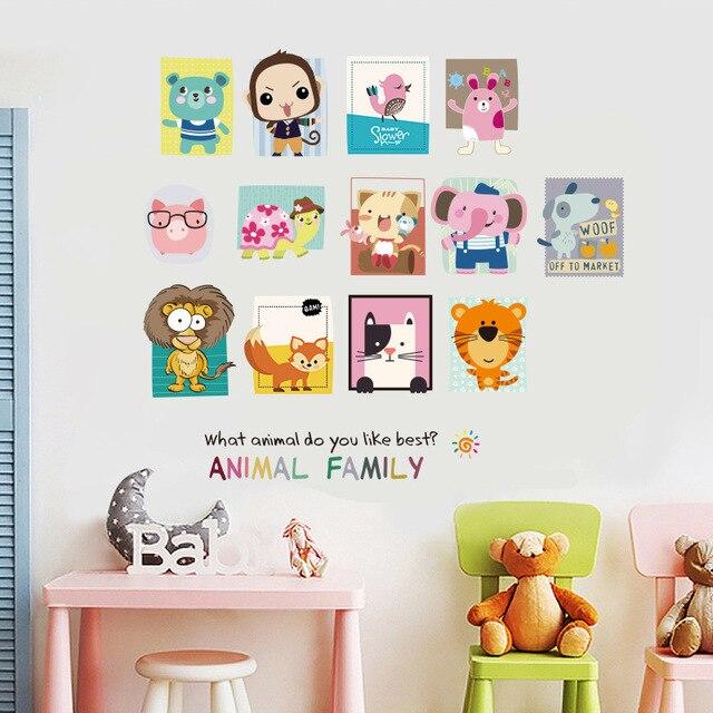 Фото наклейка на стену с изображением семьи животных детская комната