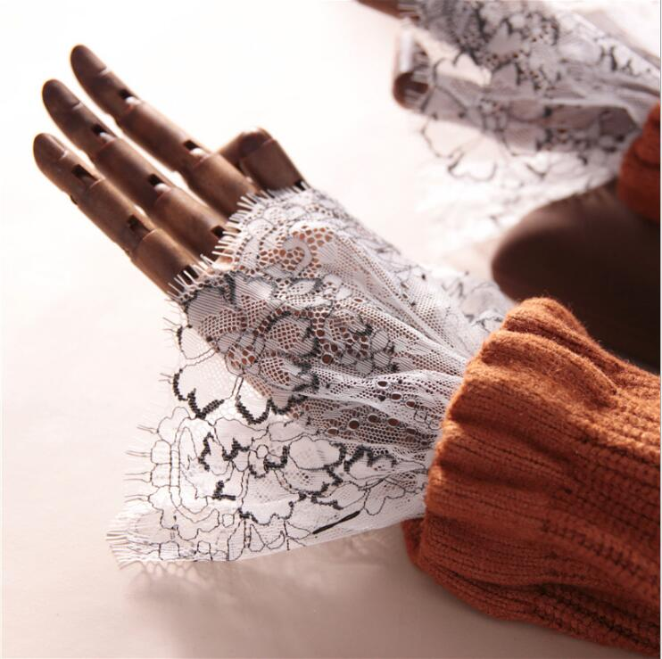 Elegant Lace Fake Cuff Retro Vintage Wrist Cuffs Soft Lace Decorative Sleeve