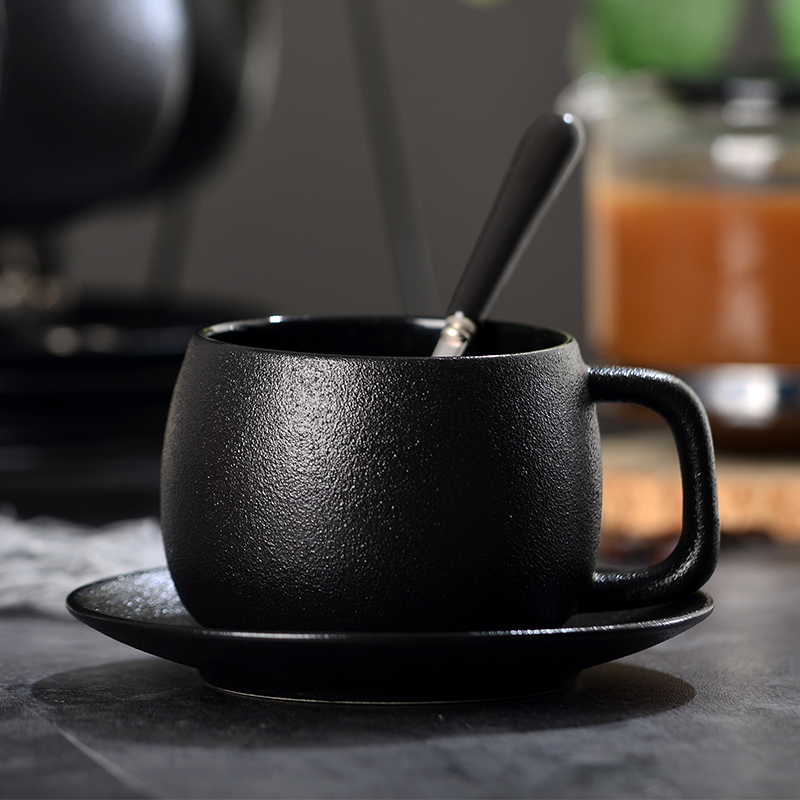 Coffee Cup Set Simple European Ceramic Household Coffee Tea Cup With Spoon Black Cup 2 Piece Set Office Coffee Drinkware