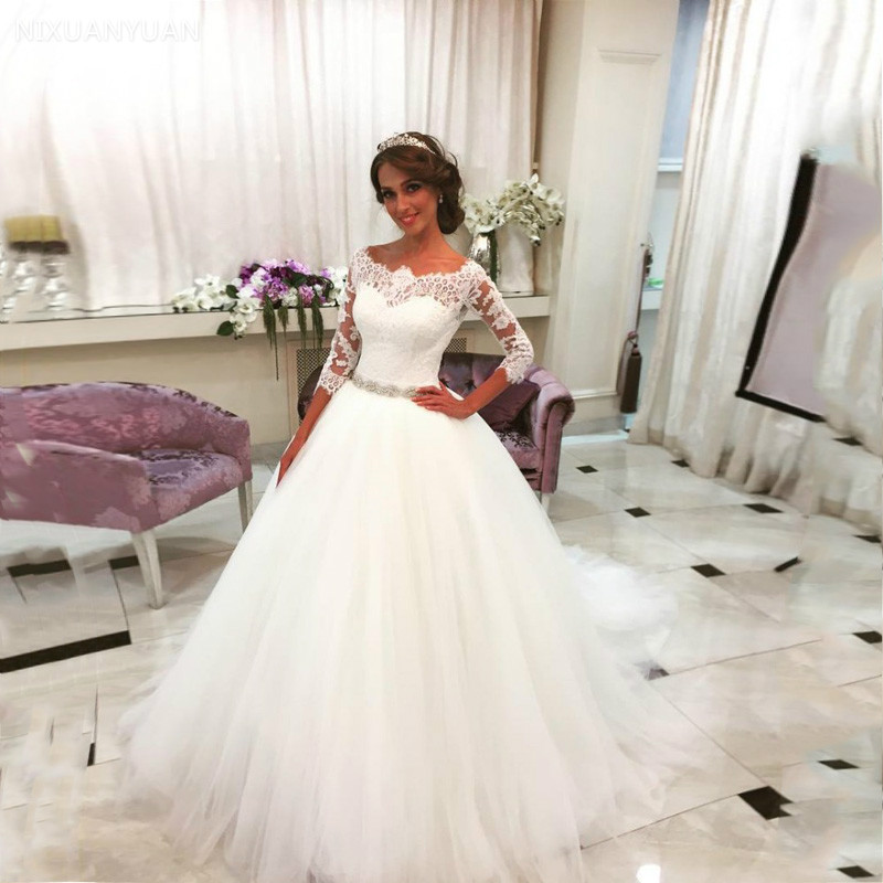 White Lace Appliques Ball Gown Wedding Dresses 2020 Crystal Sash Button Back Wedding Gowns Robe De Mariee Trouwjurk