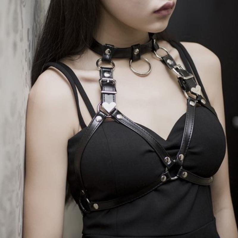 2020 New Design Belts For Women Sexy Stylish Solid PU Leather Fashion Bdsm Bondage Waistband Punk Style Corset Belt Female ZK386
