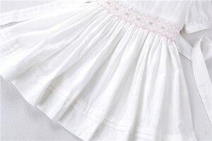 Image 4 - Letnie dziewczynek sukienki białe smocked handmade bawełna w stylu vintage ślub odzież dla dzieci księżniczka Party butiki ubrania dla dzieci