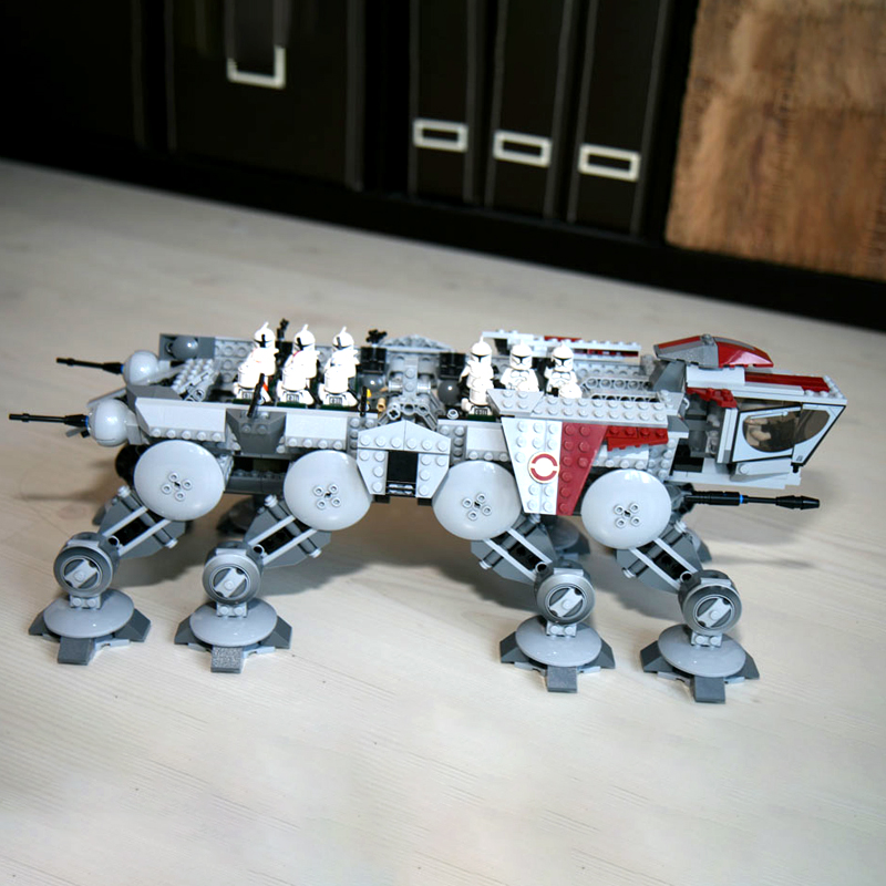 In Stock 05053 1758pcs Republic Dropship With AT-OT Walke Building Block Bricks Educational Toys Compatible With 10195