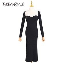 Женское трикотажное платье twotwinstyle черное облегающее с