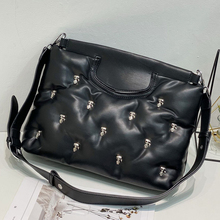 Winter Cotton Padded Women Handbag Brands Rivet Space Down Crossbody Bags for Women Luxury Square Quilting Shoulder Bag 2021 INS