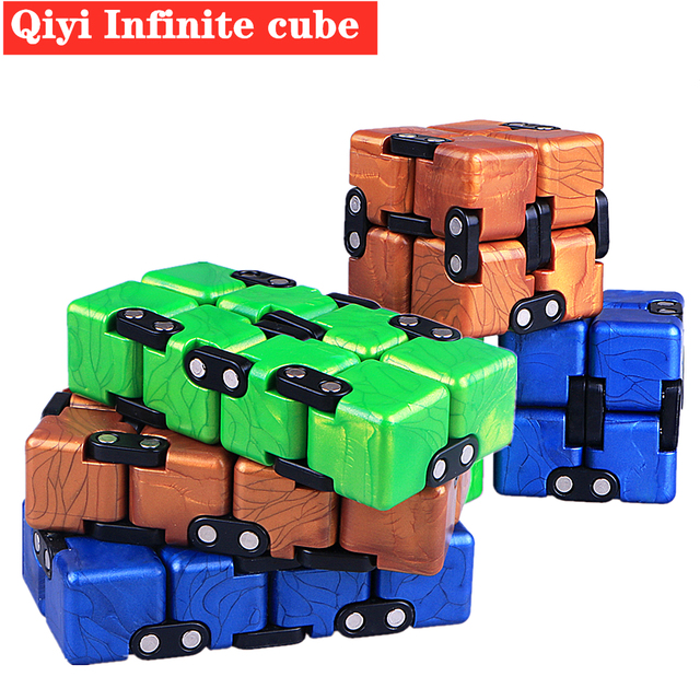 Qiyi Infinite cube Puzzle Toy 2x2 Magic Cubes Flip Cubic Stress Reliever Toys Children Gift 2x2x2 Speed Cubo magico 2