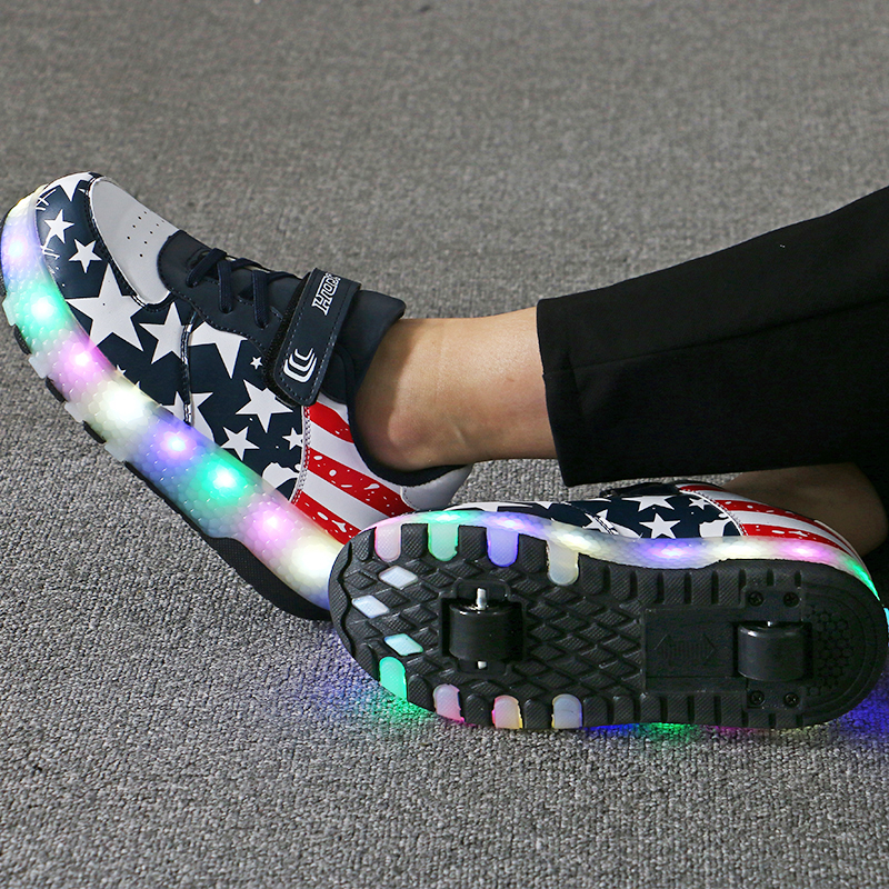 Children Glowing Sneakers Boys Girls With Wheels 2019 New LED Light Up Shoes Kids Sneakers On Wheels Sport Roller Skate Shoes