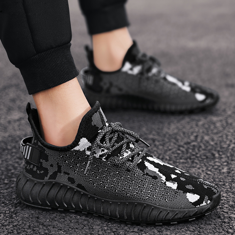 2020 Casual Shoes Men Sneakers Light Flyknit Mens Shoes Casual Breathable Running Shoes Zapatos Hombre designer