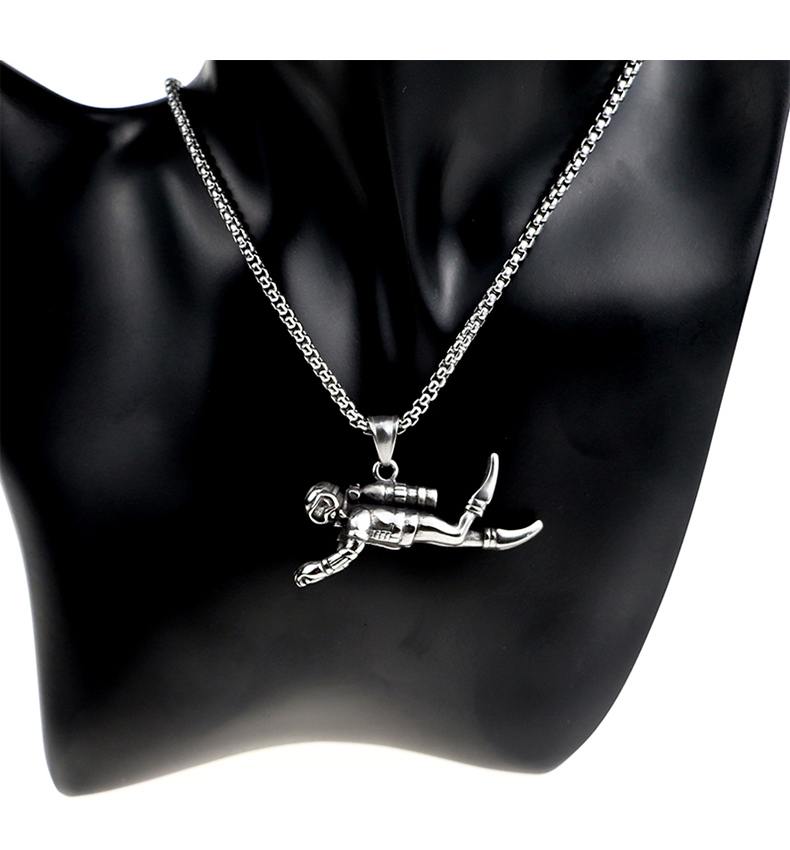 GUXUE Punk Style Stainless Steel Necklace 3D Wrestler Pendant Necklace Fitness Charm Rock Hip Hop Extreme Sport Men Women Jewelry