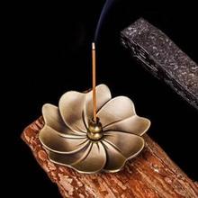 Quemador de incienso de Metal retro con forma de flor, fragancia de aleación, placa de horno, Perfume, decoración del hogar, soporte de incienso Zen Budista