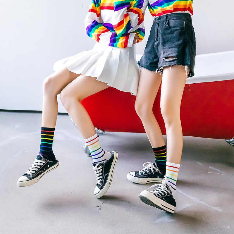 ストライプの女性の靴下ファッション多色クルーソックス綿野生消臭快適な 2019 冬の新通気性の靴下女性