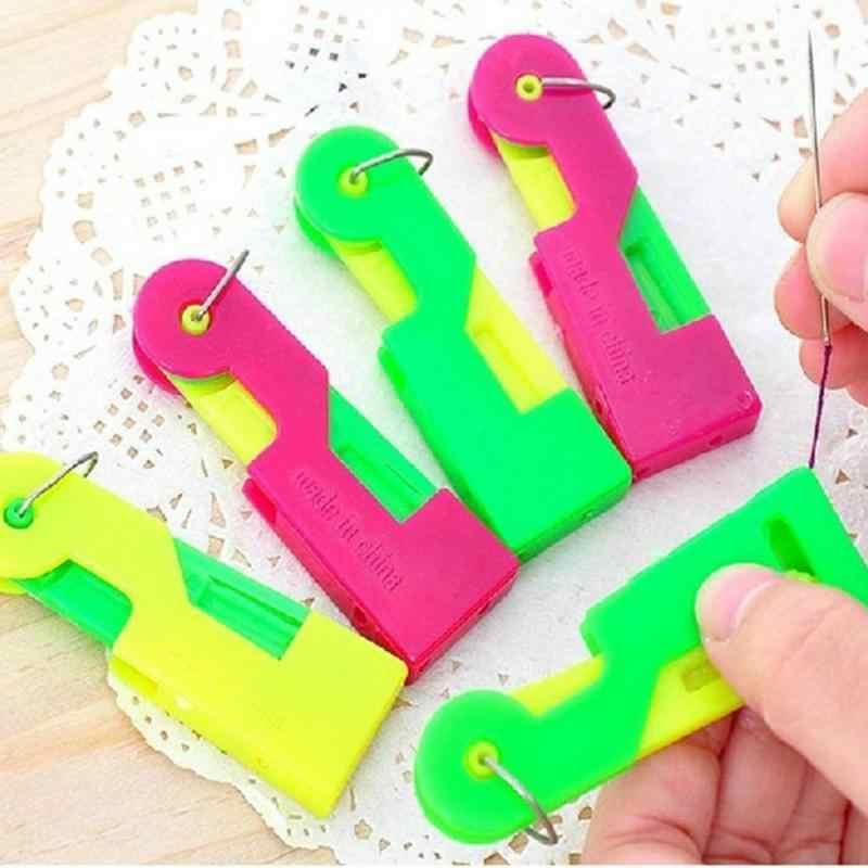 Infila Aghi automatico Accessori Per il Cucito Anziani Guida Ago Facile Dispositivo di Abbigliamento FAI DA TE Strumenti di Cucito