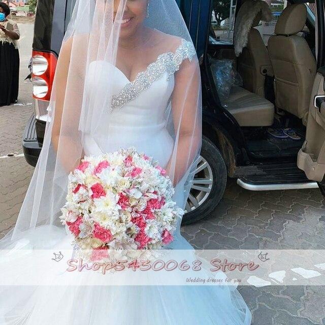 Elegant Mermaid Wedding Dress 2020 Bridal Gown African Bride Dresses Sexy O Neck Illusion Back Beading Crystal Plus Size 3