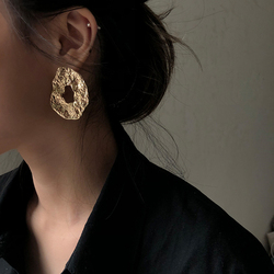 AENSOA 2020 New Geometric Irregular Drop Earrings for Women Unique Design Exaggerated Gold Color Hollow Metal Earrings Oorbellen